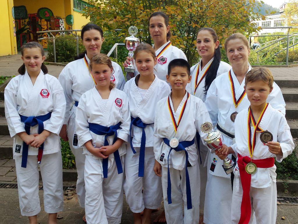 Treppchen-Plätze auf Internationalen Best Fighter Cup 2017